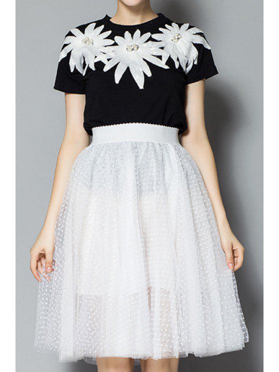 women White Floral Pattern T-Shirt + Polka Dot Skirt - BLACK S