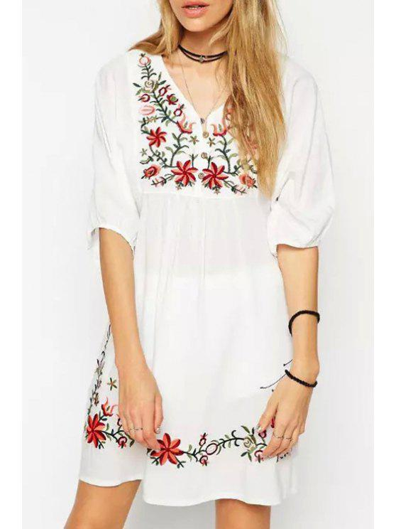 outfits Flower Embroidery V Neck Half Sleeve Dress - WHITE ONE SIZE(FIT SIZE XS TO M)