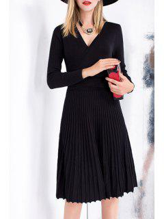 V-Neck Long Sleeves Solid Color Knitted Pleated Dress - Black S
