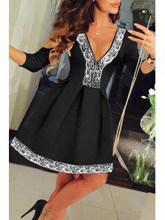 Lace Spliced Plunging Neck 3/4 Sleeve Dress - Black S