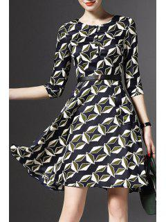 Half Sleeve Printed Fit And Flare Dress - M