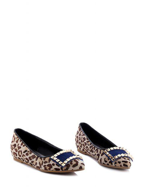 affordable Pointed Toe Leopard Print Rivet Flat Shoes -   Mobile