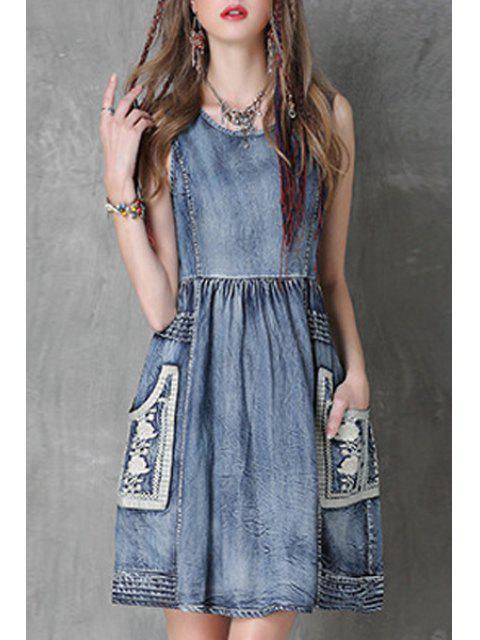 Floral broderie Jewel Neck Denim Sundress - Bleu L Mobile