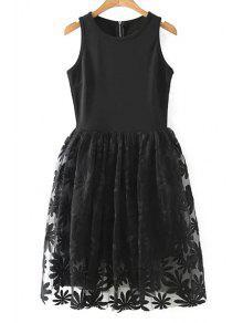 فستان الدانتيل سبليسد دائرة الرقبة بلا أكمام - أسود M
