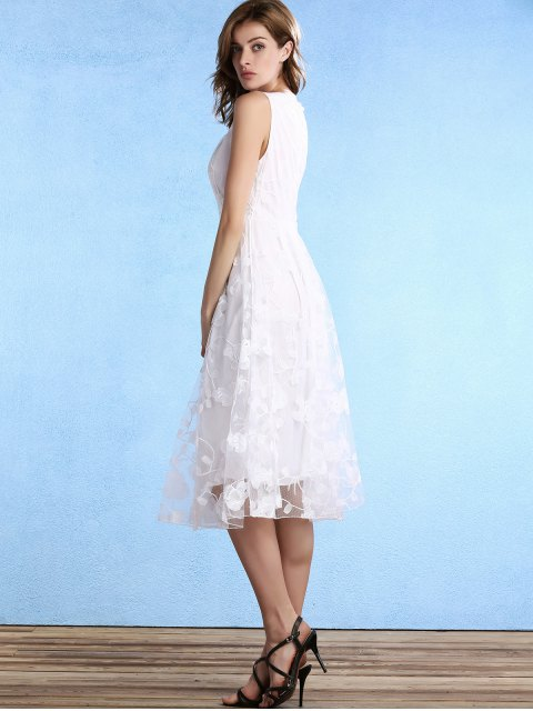 unique White Fitting Scoop Neck Sleeveless Lace Dress - WHITE M Mobile