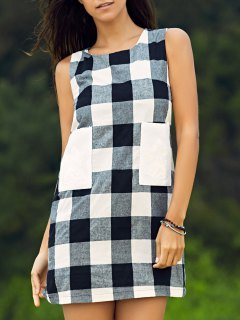 Sleeveless Plaid Shift Dress - White And Black Xs