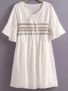 Embroidery Round Neck Half Sleeves Dress - White