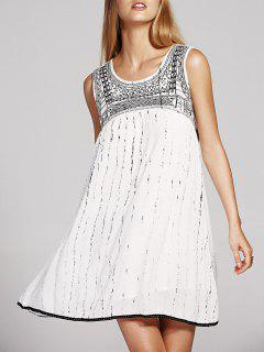 Embroidery Round Neck Cutout Beaded Dress - White S
