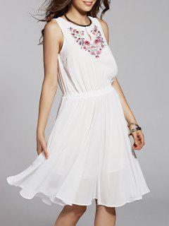 Round Neck Embroidery Sleeveless Dress - White M