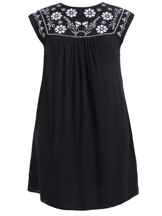 Plus Size Ethnic Flower Embroidery Tunic Dress