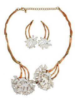 Rhinestone Flower Vintage Necklace And Earrings - White