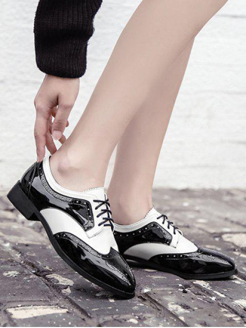 fancy Lace Up Two Tone Wingtip Flat Shoes - WHITE AND BLACK 39 Mobile