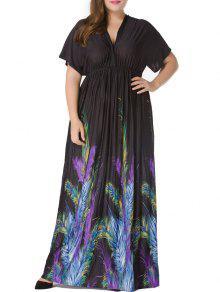 بالاضافة الى حجم قصيرة الأكمام الريشة طباعة الإمبراطورية الخصر فستان ماكسي - أسود 5xl