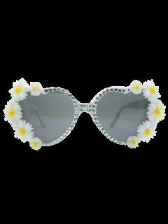 Heart Shape Sunglasses With Daisy Rhinestone - White