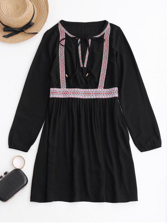 Langes Hülse gesticktes beiläufiges Kleid - Schwarz M