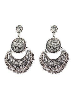 Vintage Engraved Flower Beads Moon Earrings - Silver