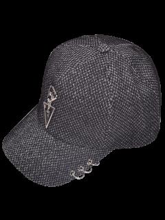 El Metal Circunda El Sombrero De Béisbol Triángulo - Gris De Plumas