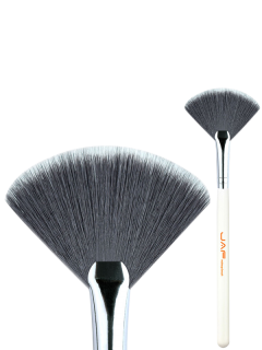 Beauty Makeup Fan Brush - White