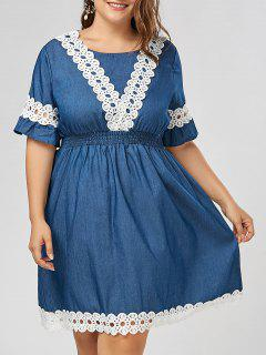 Plus Size Lace Panel Chambray Dress With Flare Sleeves - Denim Blue 4xl