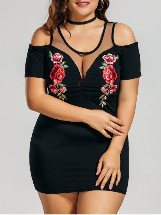 Vestido de ombro frio bordado com bordados florais - Preto 5XL