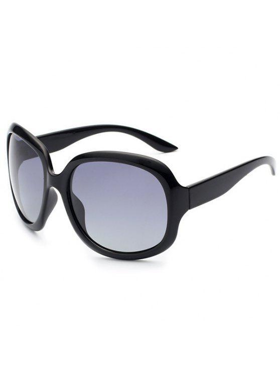 نظارات شمسية للحماية من أشعة الشمس - صور الأسود