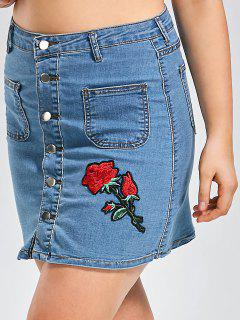 Plus Size Buttons Rose Patch Denim Skirt - Denim Blue 2xl
