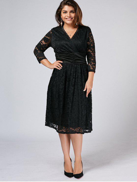 Plus Size Surplice Scalloped Spitzenkleid - Schwarz 3XL