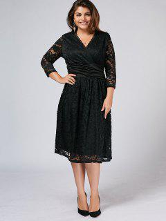 Plus Size Surplice Scalloped Lace Dress - Black 3xl