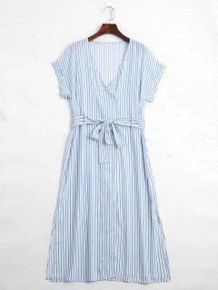 Gestreiftes Midi Kleid Mit Gürtel Und Halben Knöpfe - Streifen  L