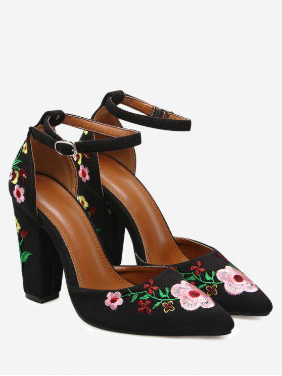 Calçado de salto alto com flor bordado - Preto 40