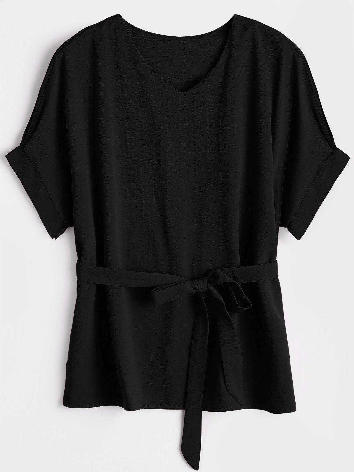 Bluse mit V-Ausschnitt und Grtel