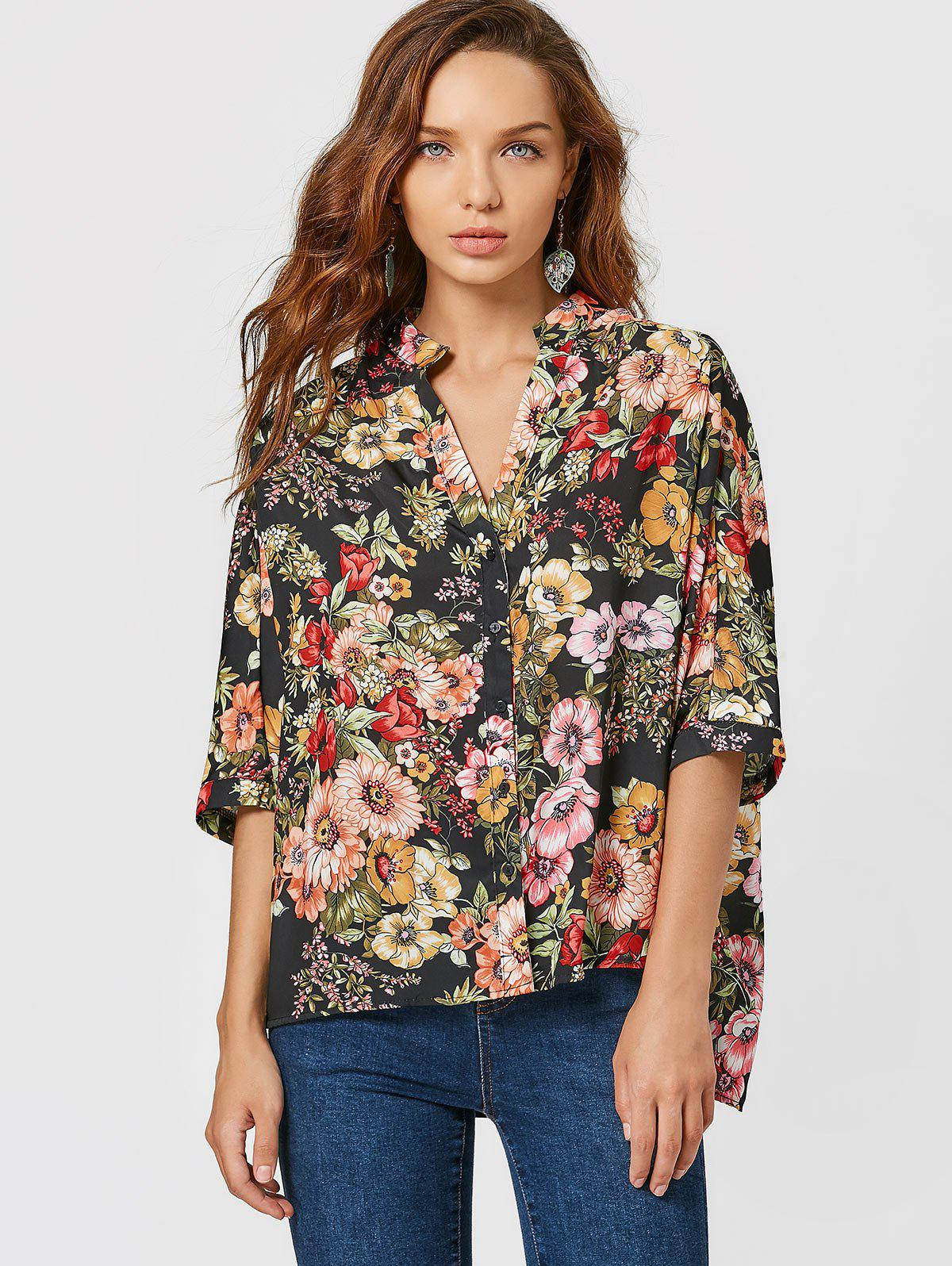 Bluse mit Knopf, Blumendruck und seitlichem Schlitz