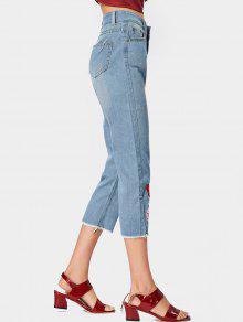 2018 zerrissene jeans mit blumenstickereien und ausgefranstem saum von hellblau xl zaful. Black Bedroom Furniture Sets. Home Design Ideas