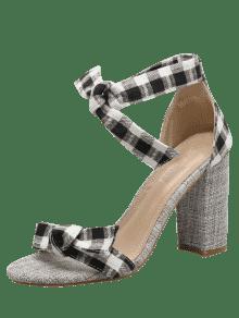sandalen mit knoten und karomuster blockabsatz schwarz. Black Bedroom Furniture Sets. Home Design Ideas