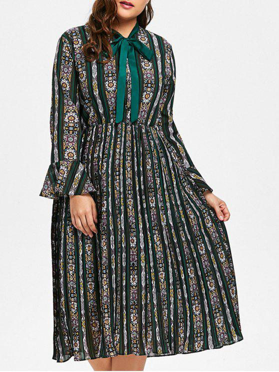 2018 Plus Size Bell Sleeve Striped Floral Print Pleated Dress In