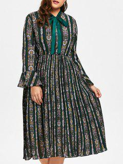 Plus Size Bell Sleeve Striped Floral Print Pleated Dress - Blackish Green 3xl