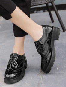 Wingtip Contrast Color Brogues Flat Shoes