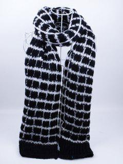 Outdoor Crochet Checked Pattern Scarf - Black