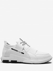 حذاء سنيكرز بأربطة ذو ألوان متعاكسة مزين بكتابة - أبيض 39