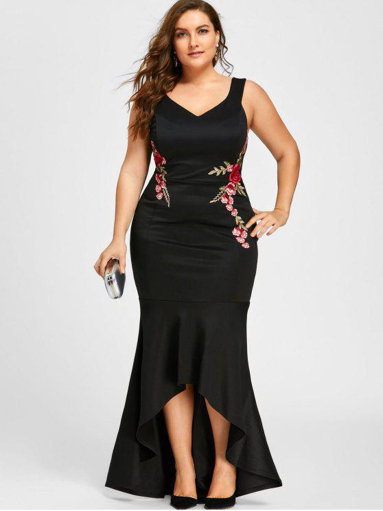 V فستان بمقاس كبير بدون أكمام ذو ياقة على شكل - أسود 5XL