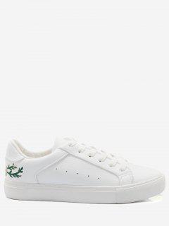 Faux Leather Embroidery Flower Skate Shoes - White 38