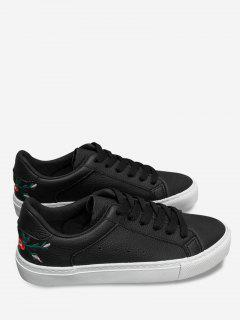 Faux Leather Embroidery Flower Skate Shoes - Black 36