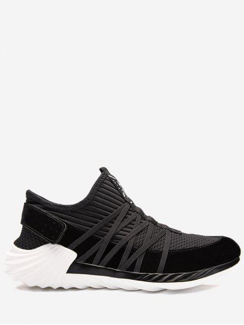 Zapatillas rayadas en los zapatos ocasionales de Criss Cross - Negro 44 Mobile
