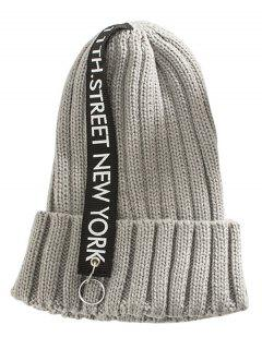 Letter Printing Label Decorated Knitted Rings Beanie - Gray