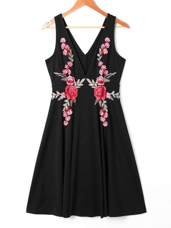 فستان سوينغ غارق الرقبة - أسود 2XL