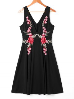 Plunging Neckline Embroidered Swing Dress - Black L