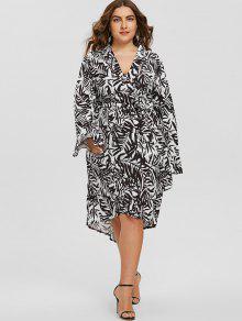 Tiefer Ausschnitt Blatt Drucken Asymmetrische Plus Size Kleid - Weiß & Schwarz 5xl