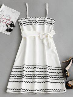 Robe Courte à Motif Zigzagué Avec Ceinture - Blanc L