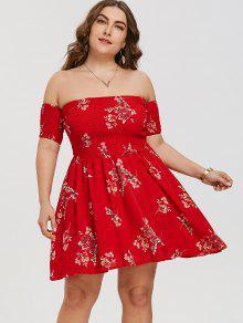 فستان الحجم الكبير طباعة الأزهار بلا اكتاف سموكيد - أحمر Xl