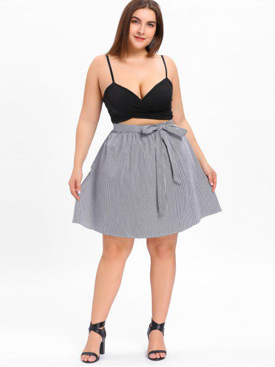 تنورة من قماش المربعات مزينة بفيونكة ذات مقاس كبير - أسود أبيض 2XL